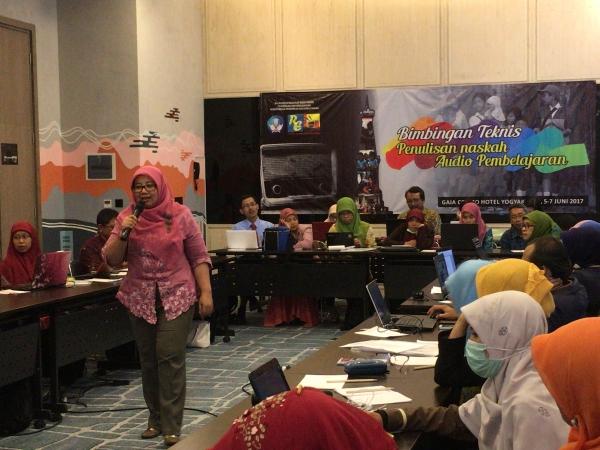 Kegiatan Bimbingan Teknis Penulisan Naskah Media Audio Pendidikan 2017