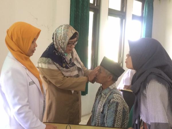 RS Mata Dr. Yap Peringati Hari Glaukoma Sedunia dengan Pemeriksaan Glaukoma