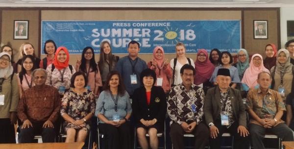 Kesehatan Lansia Jadi Tema Summer Course 2018