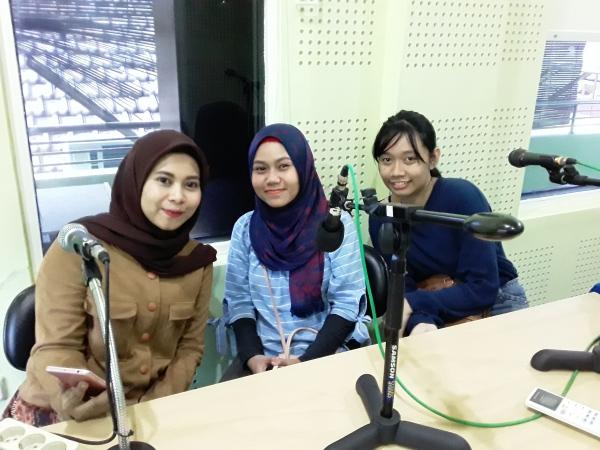 Multi Media Trainning Center Radio