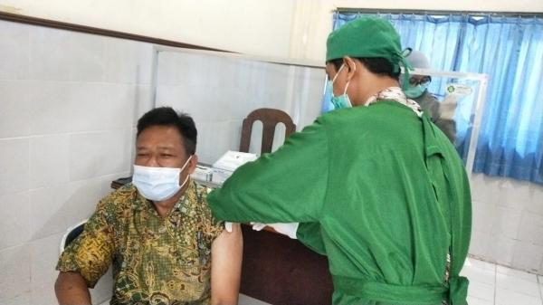 Vaksinasi Covid-19 Pegawai BPMRPK